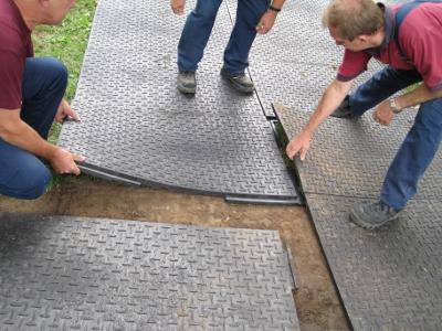Zeltboden Kunststoffboden Richtig Verlegen Profi Faltzelt De